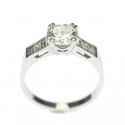 Gold ring with diamonds...
