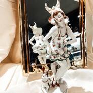 🇨🇿 Dívka s francouzským buldočkem z porcelánky Volkstedt - Rudolfstadt v Německu ze 20.-30. let 20. století. . 🇬🇧 A girl with a French bulldog from the Volkstedt - Rudolfstadt porcelain factory in Germany from the 1920s and 1930s. . . . . 18 000 Kč /  680 € . . . . #cinolterantiques #porcelain #artdeco #antique #červen #šaty #czechgirl #starozitnosti #pes #francouzskybuldocek #brand #styl #luxury #zelena #igelifecz #dekuju #cartierlove #summer #statue #antiques #tripadvisor #pragueshopping #instagood #instagood #leto #igerscz #leto