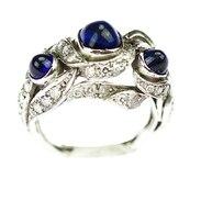 🇨🇿 Platinový prsten se safíry a diamanty 💙  .  🇬🇧 Platinum ring with sapphires and diamonds  . . . . . .  #starozitnesperkyspribehem #loveyou #prague #jewelry #cinolterantique #modra #antiques #safir #sapphirre #starozitnosti #sperky #instagood #goldsmith #prvnirepublika #vanityfairvintage #igerscz #antiquescinolter #cinolter #prstensesafirem