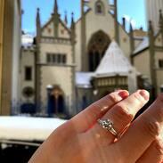 Platinový prsten s diamanty a prosluněný den...to je nejlepší kombinace 💛  . . . Platinum ring with diamonds and a sunny day ... that's the best combination 💛 . . . #starozitnesperkyspribehem #hellomarch #diamonds #antique #historie #prague #slowfashion #cinolterantique #march #spring  #austriahungary #starozitnosti #prsten #antiqueslover #goldsmith #heartbeat #prague #emerald #yellowgold