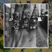 🖤 budou novinky   #prstenykamsepodivas  #rings #antiquesforsale  #antiquesjewelery  #prague #starožitnosti  #gemstones #gemstonejewelry  #diamonds #ruby #sapphire  #weekendvibes  #cinolterantiques #maiselova
