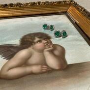 🤷🏽♀️ S M A R A G D + diamant = ?  Co byste doplnili? 😁🏾   #smaragdy #diamanty #emeralds #diamonds #diamondsareagirlsbestfriend #jewelry #jewellery #antiquescinolter #emeraldsearrings #sandrobotticelli #artistsoninstagram #art #umeni #sperky #bestcombination