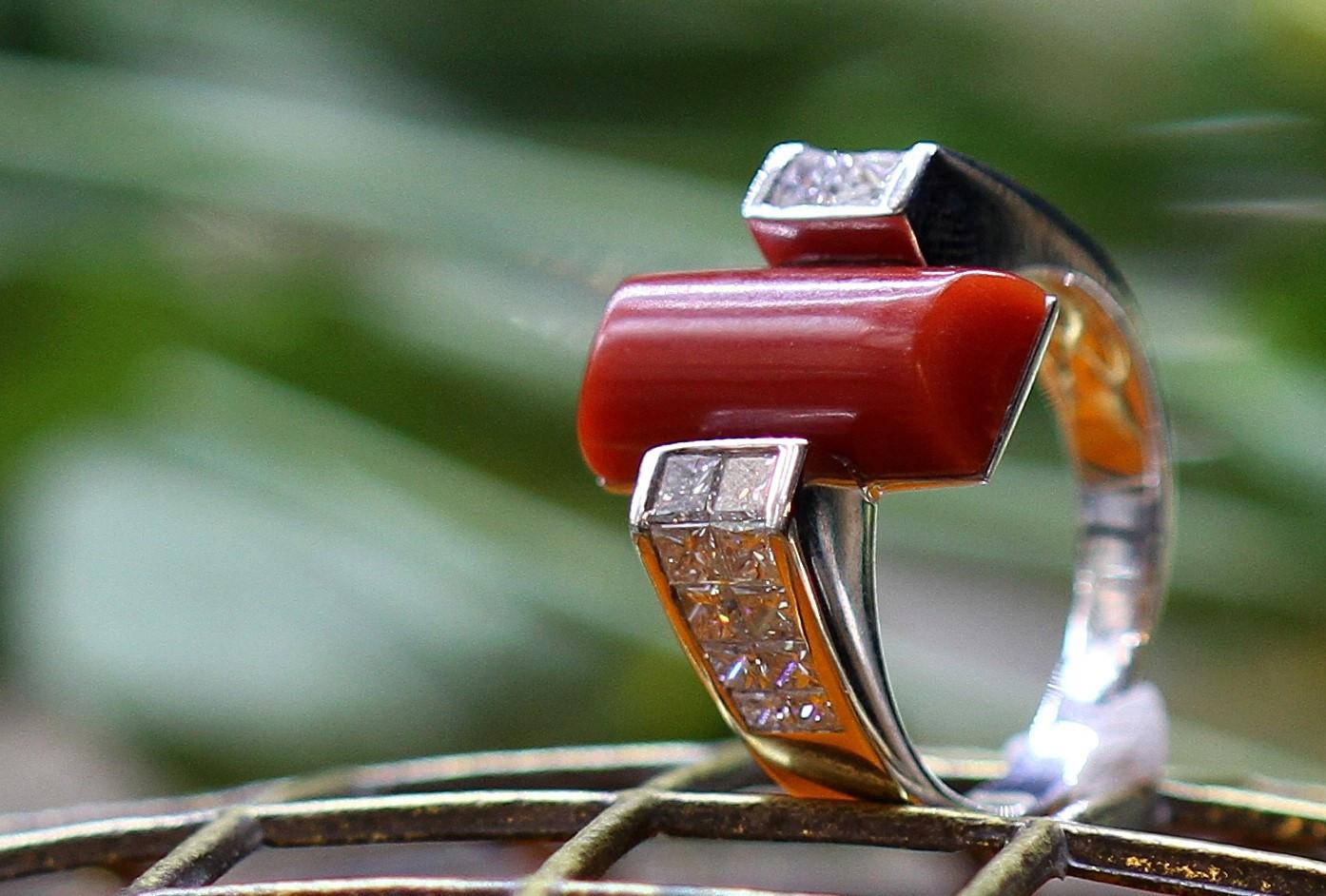 Úspěšný rok 2013 ve světě starožitných šperků a drahých kamenů
