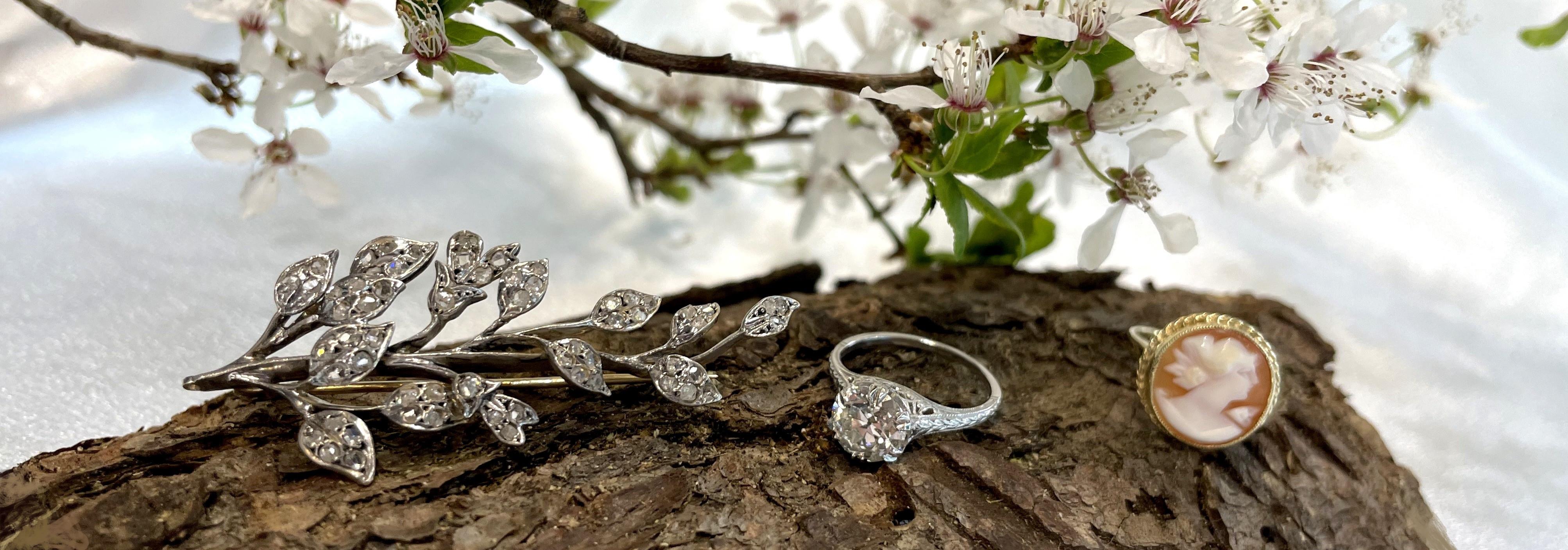 Starožitné šperky jako součást uvědomělé módy